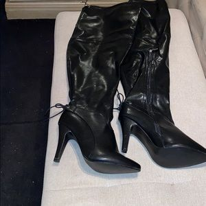 Women's black over the knee boots